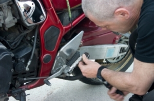 motorcycle repair cleaning