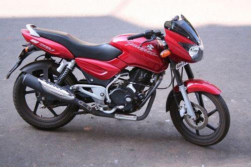 Bajaj-Pulsar-200cc